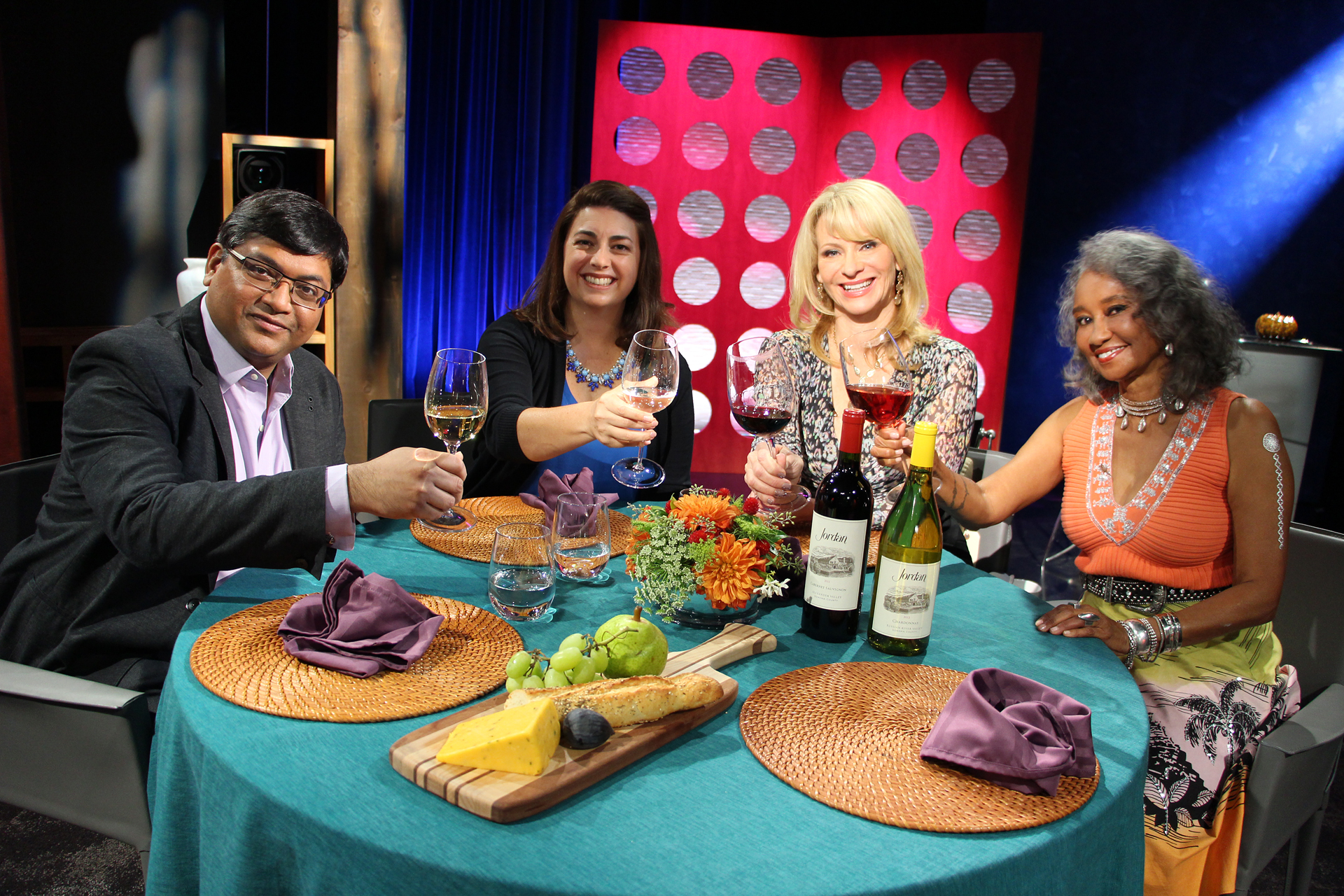 Check, Please! Bay Ares Host Leslie Sbrocco and guests on the set of the eighth episode of season 10.