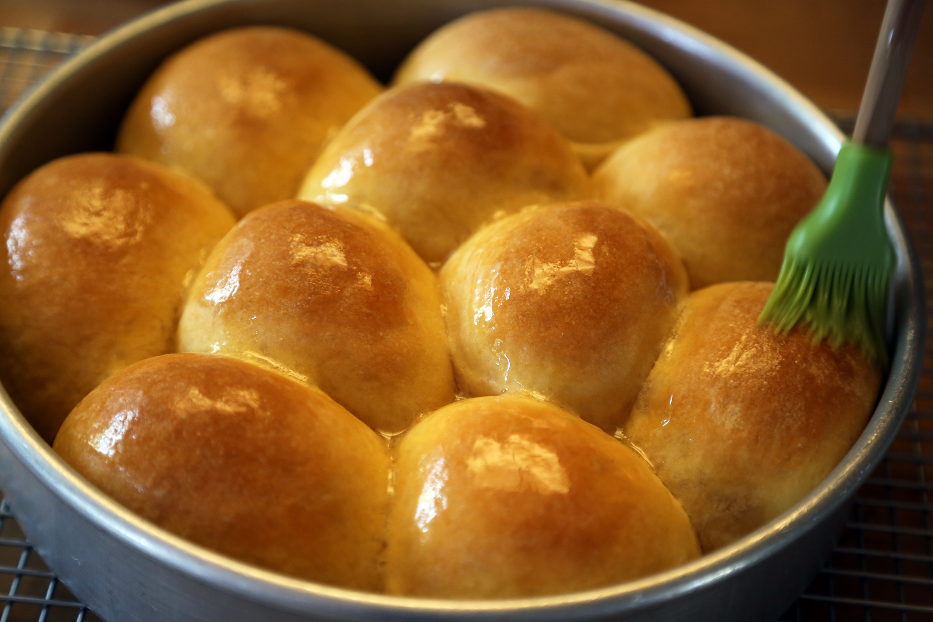 Homemade thanksgiving soft and buttery sweet potato dinner rolls homemade thanksgiving soft and buttery sweet potato dinner rolls thanksgiving recipes bay area bites kqed food forumfinder Images