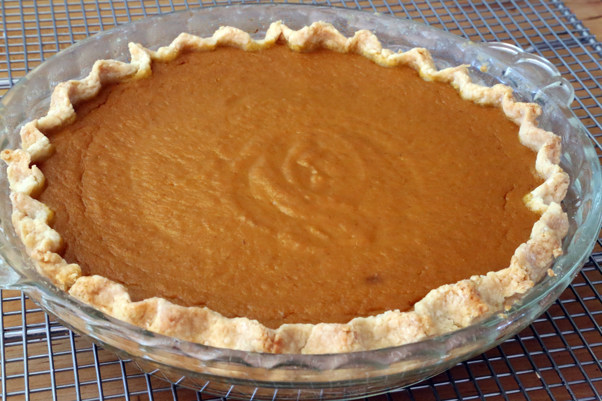 Classic Spiced Maple Pumpkin Pie