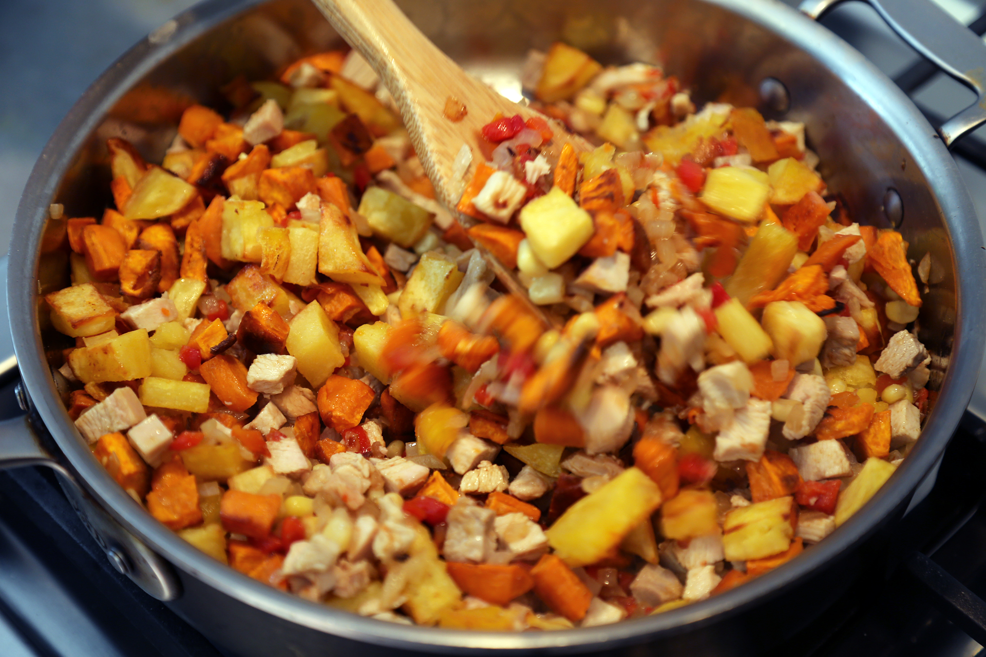 Add the roasted potatoes and stir to combine.