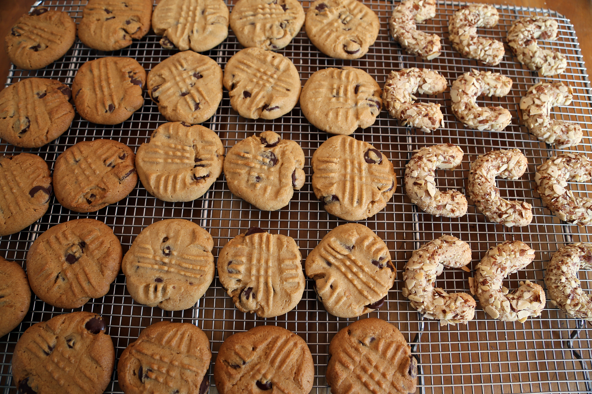 Let cool for 5 minutes on the baking sheet before transferring to a wire rack to cool completely.