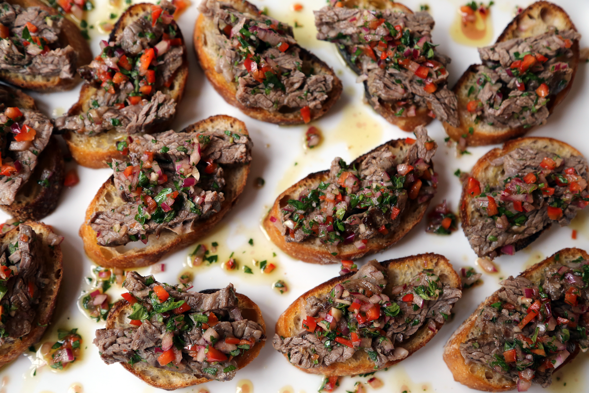 Skirt Steak Crostini with Chimichurri