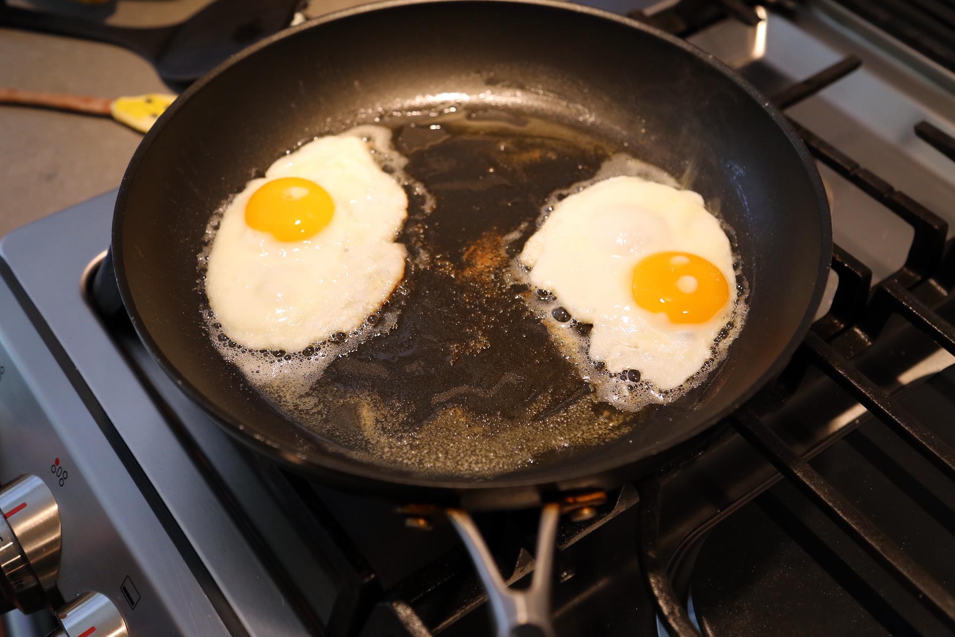 Fry the eggs to medium.