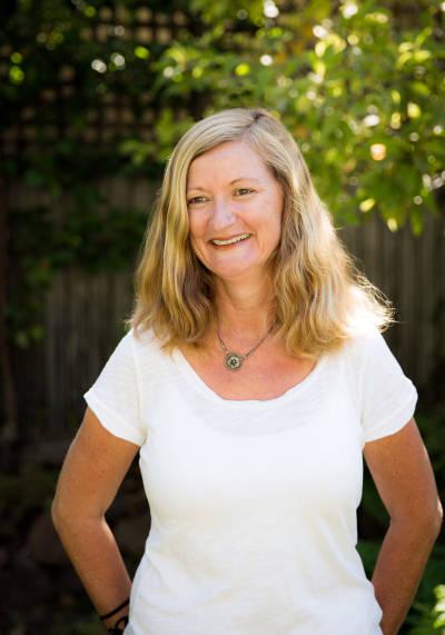 Author Sarah Henry