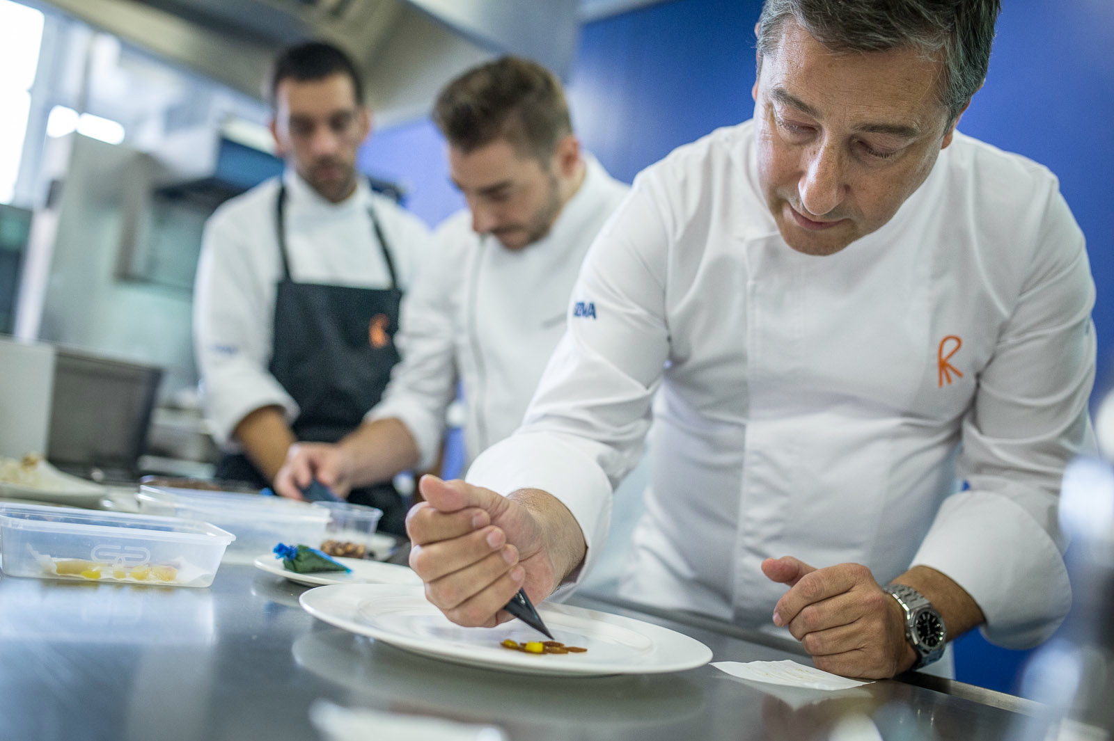 joan roca foreground head chef at el celler de can roca a
