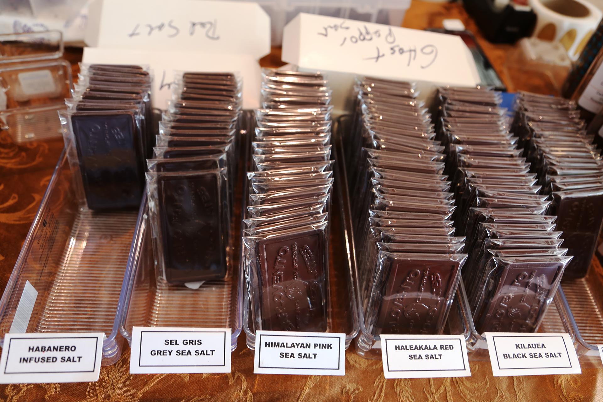 Barlovento Chocolate: Habanero chocolate bar and other flavors