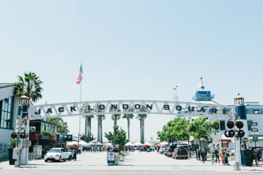 Entrance to Jack London Square Farmers Market.