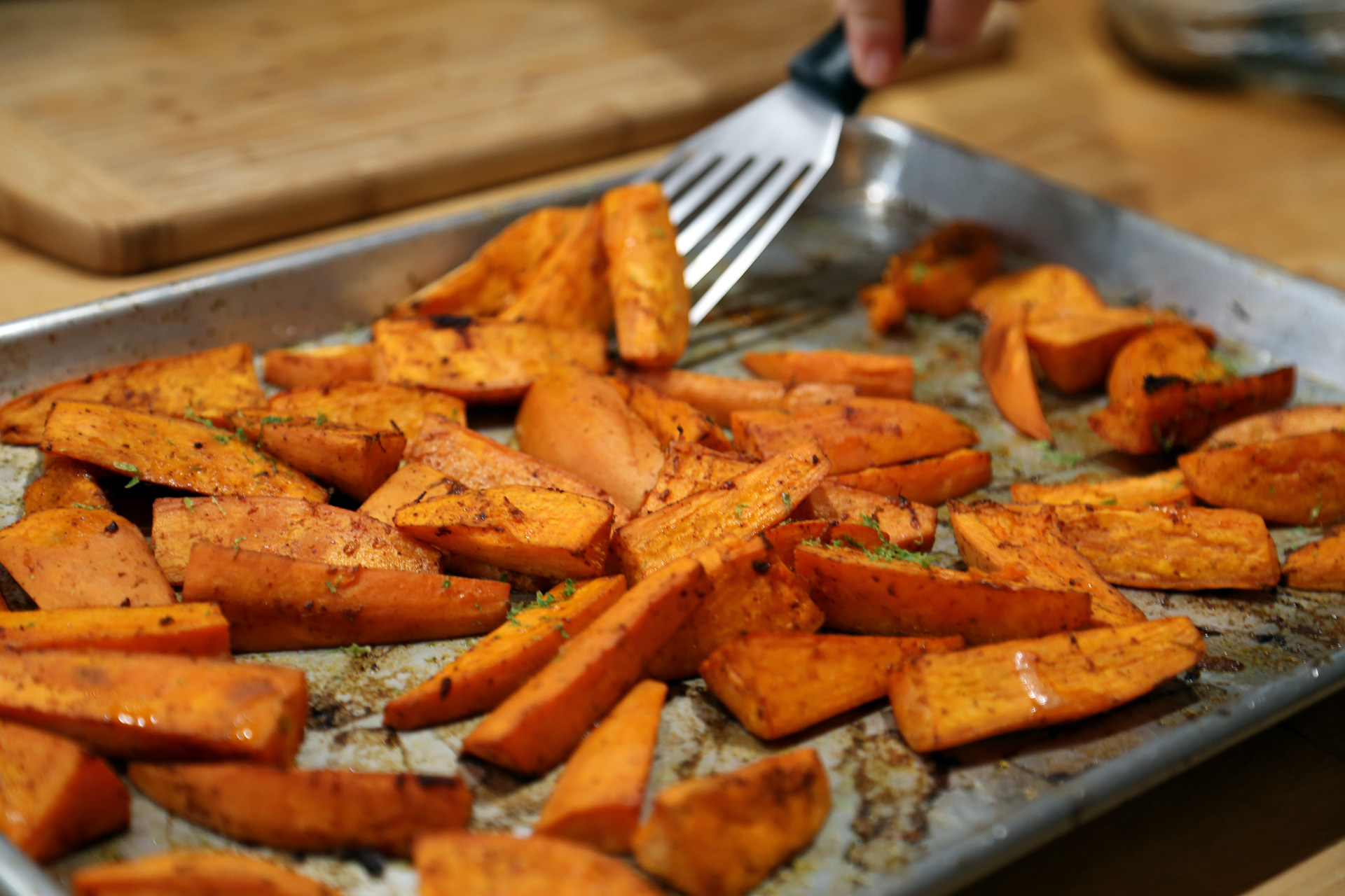 Mexican-Style Thanksgiving: Roasted Chile and Lime Sweet Potatoes ...