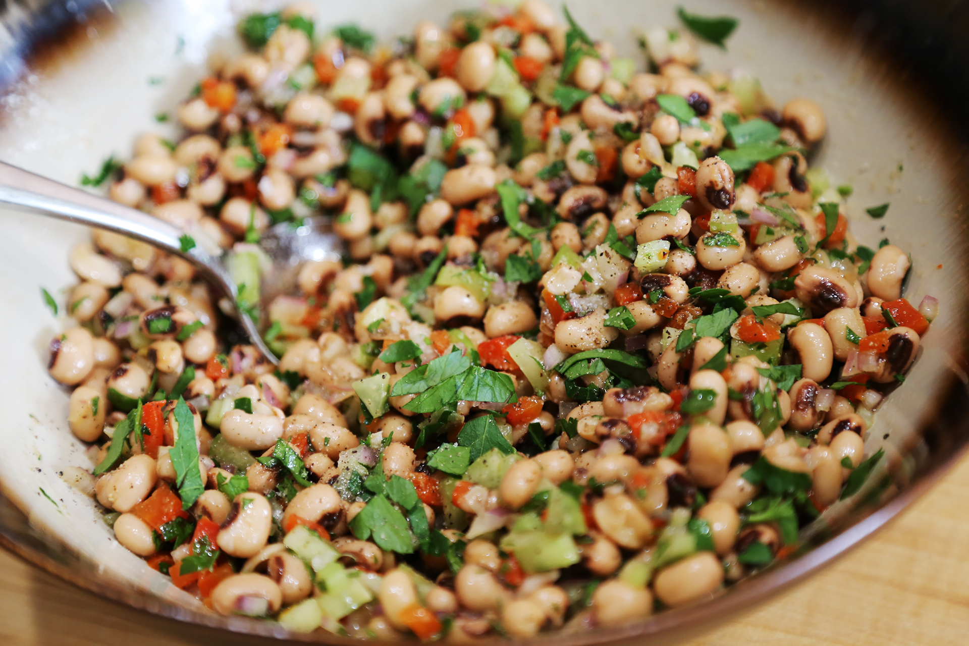 Garnish the Healthy Black-Eyed Pea Salad with some fresh parsley and serve.