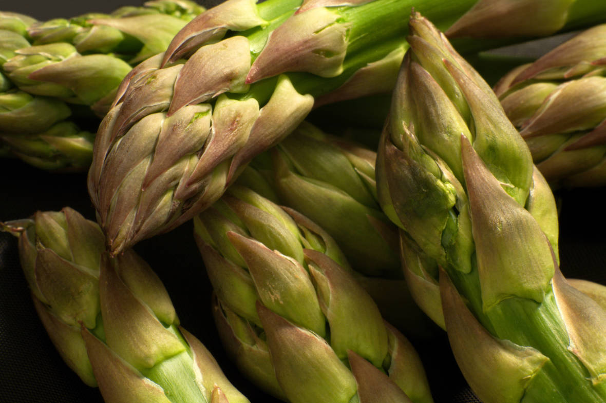 We Unravel The Science Mysteries Of Asparagus Pee