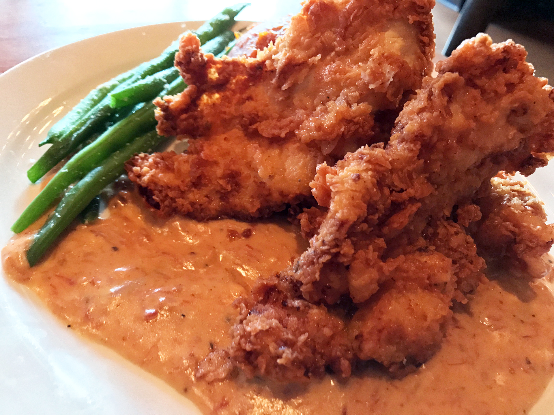 Downtown Berkeley's Angeline's does fried chicken with a New Orleans twist.