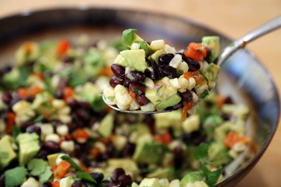 4th of July Summer Recipe: Grilled Corn, Red Pepper, Black Bean and Avocado Salad with Cilantro Vinaigrette