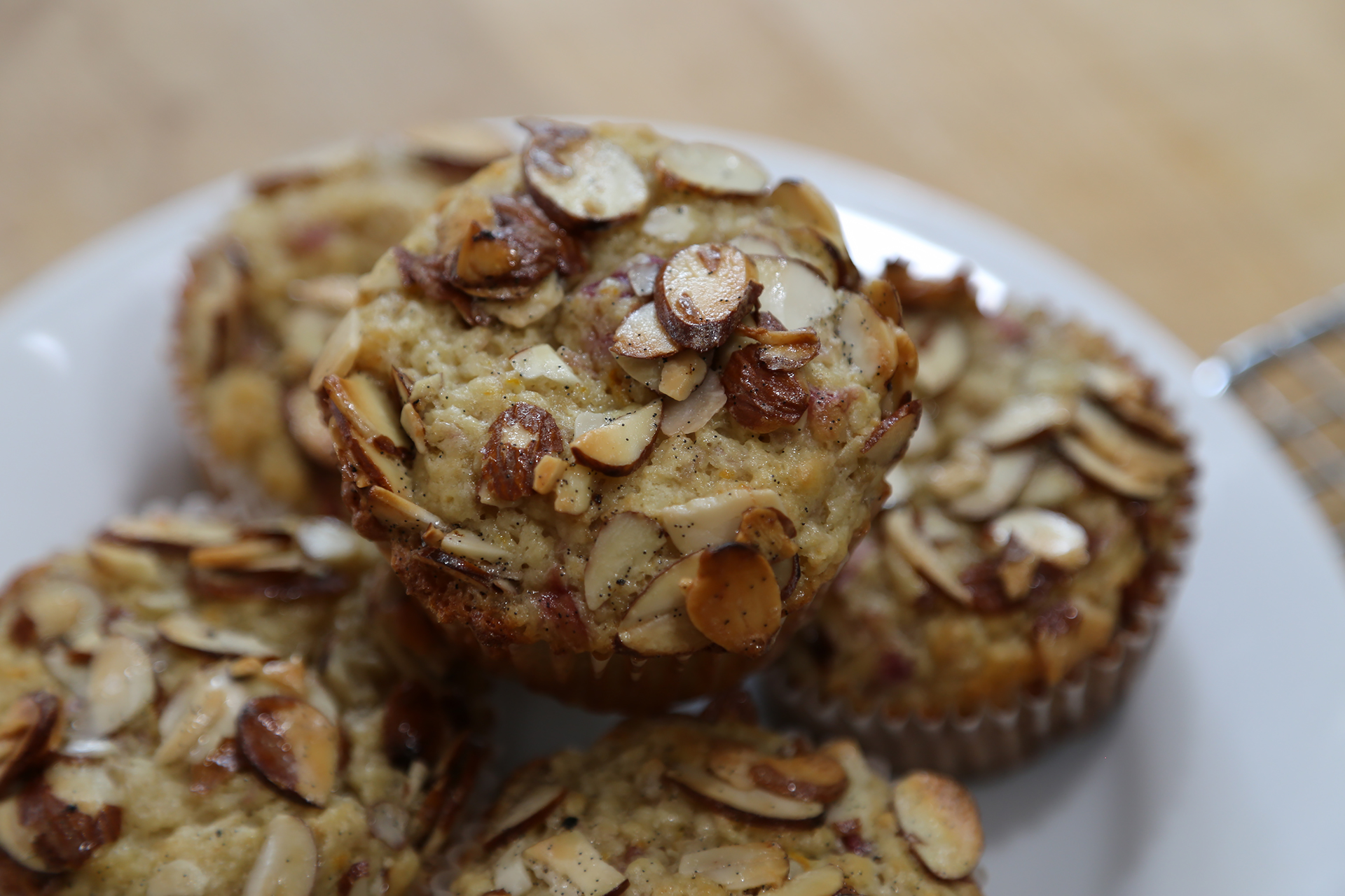 The muffins are best served the day they are baked, but can be stored at room temperature for up to 3 days and briefly re-heated in a 400F oven. Or, freeze the muffins in a zippered plastic freezer bag for up to 3 months; let defrost at room temperature, then re-heat in a 400F oven.