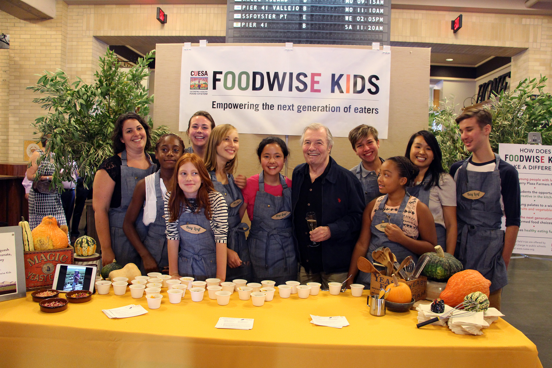 Jacques Pépin visits the Foodwise Kids booth at CUESA's Sunday Supper.