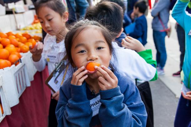 The Foodwise Kids program invites students to love fresh fruits and vegetables at the Ferry Plaza Farmers Market.