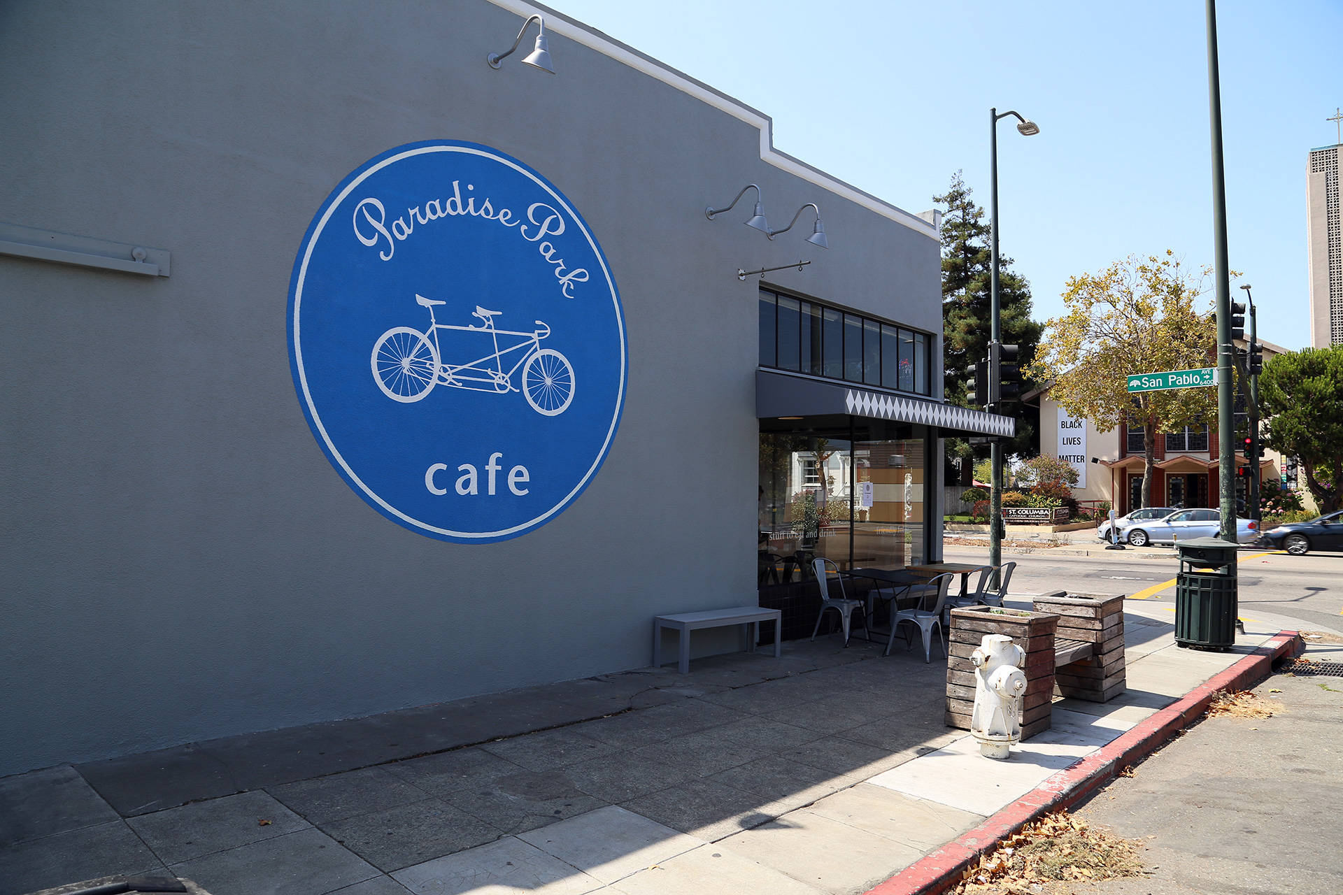 Paradise Park Café is located on San Pablo and Alcatraz in Oakland. Wendy Goodfriend