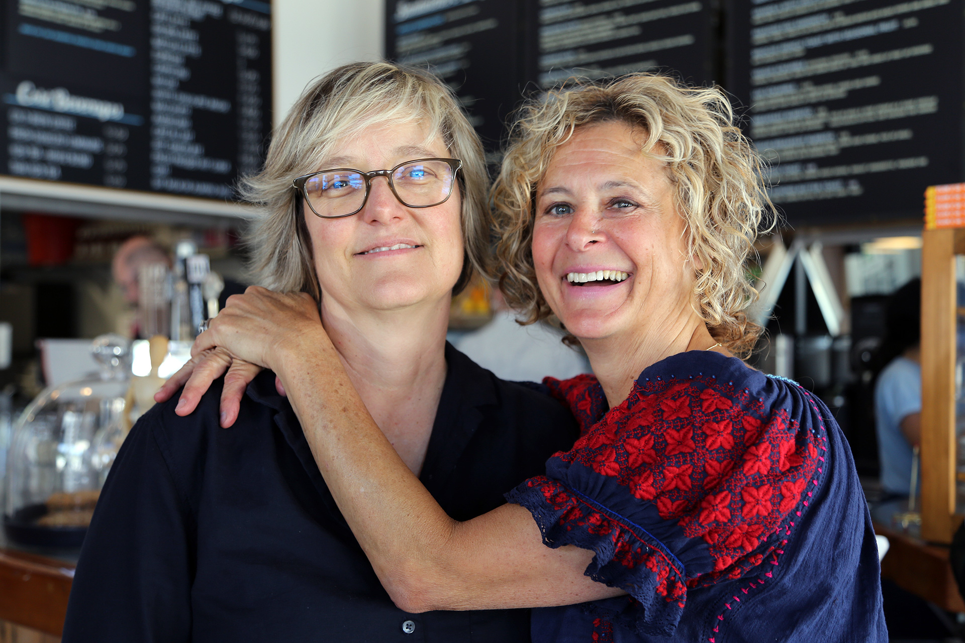 Co-owners Rachel Herbert (L) and Dana Oppenheim