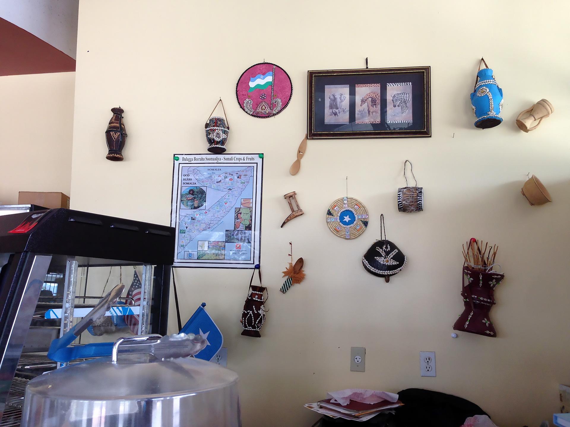 Somalian art decorations at Jubba.