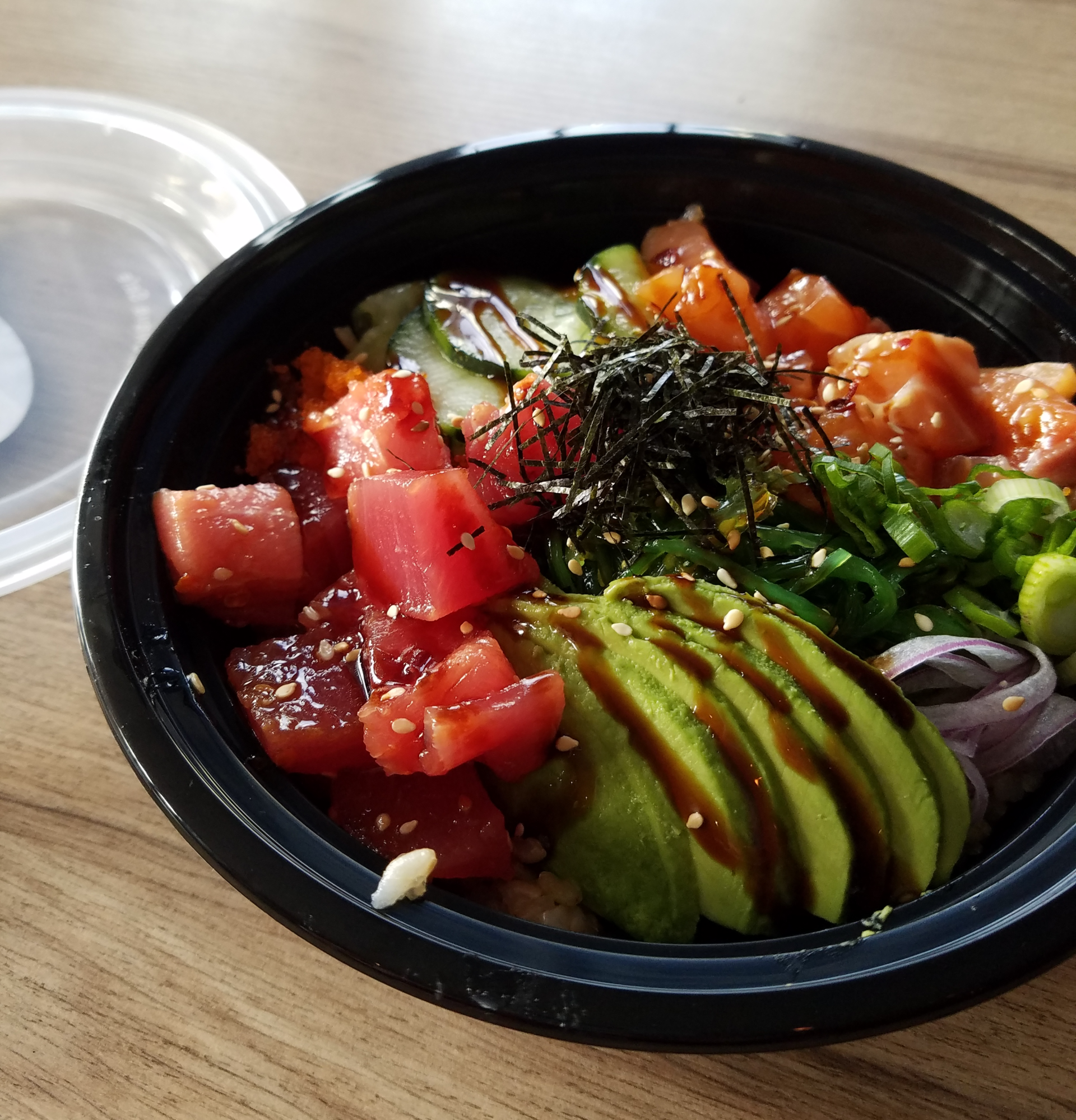 The poke bowl at Amitis.