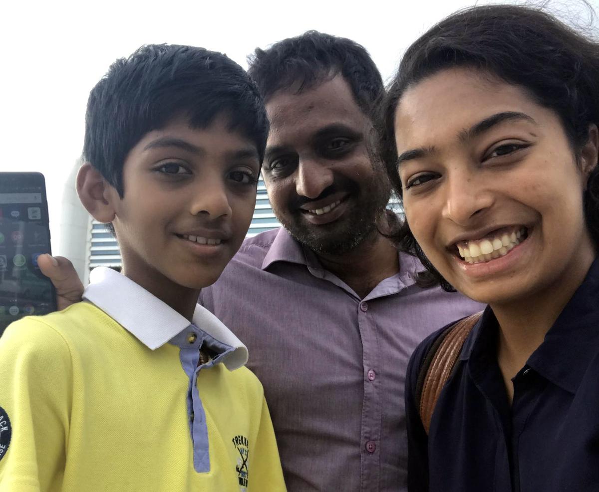 Kasareni Prabhu (center) with his nephew (left), and Javeri Kadri (right).