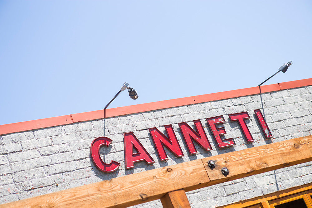 Canneti Roadhouse