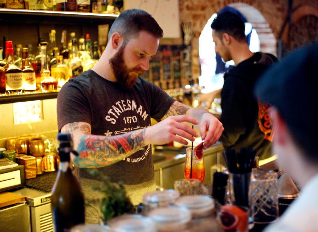 Belly Up to the Bar: Geyserville Gun Club