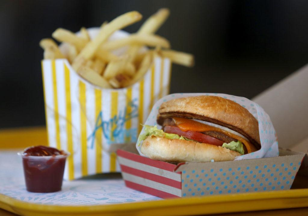 Mindful Fast Food: Amy's Drive Thru, Rohnert Park