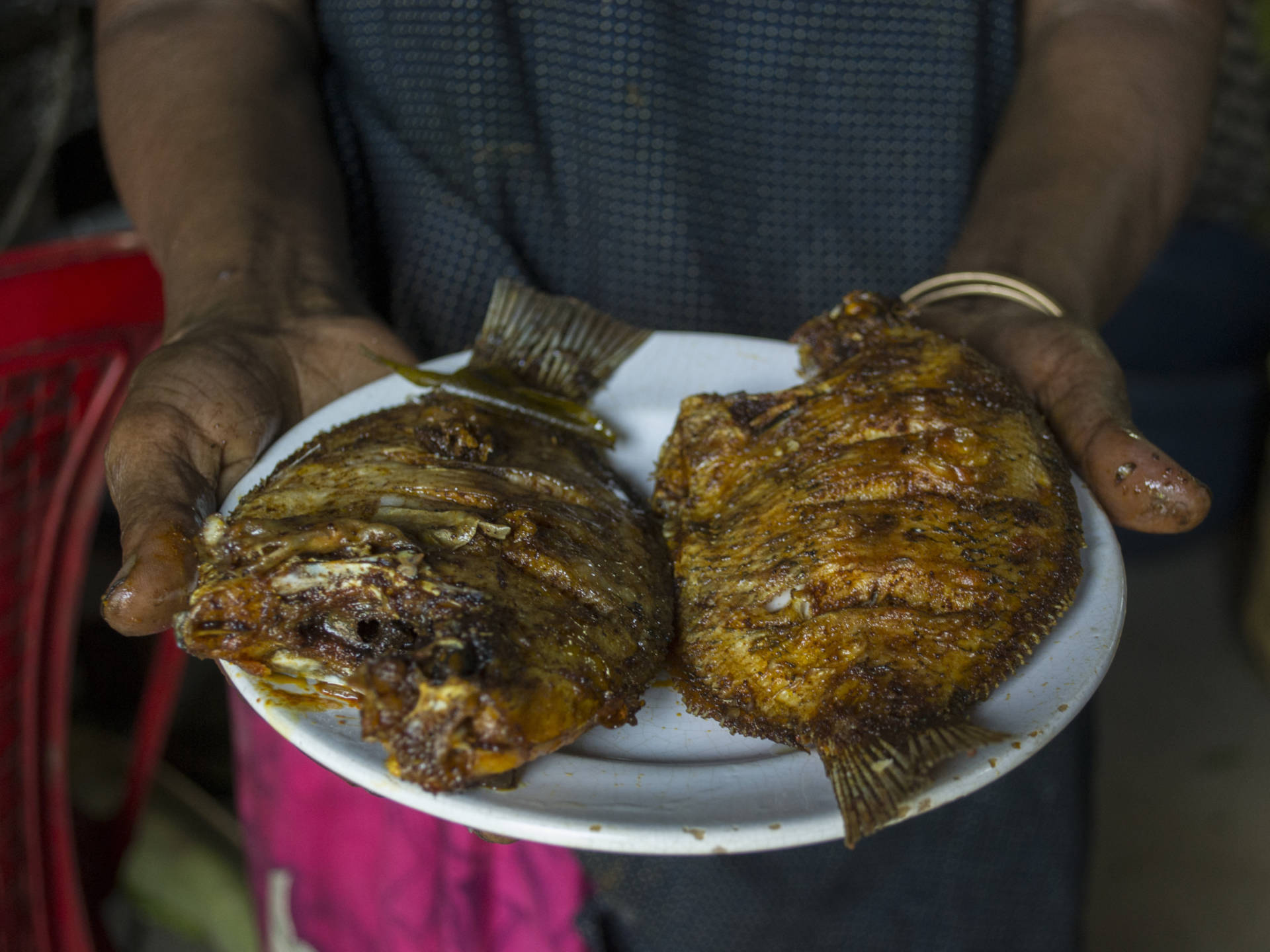 At Mullapanthal, fresh karimeen from the backwaters is marinated and fried to order.