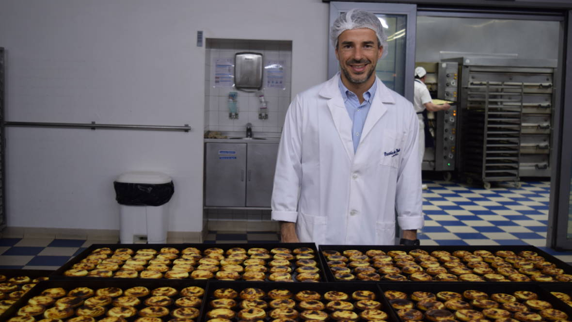 Only 6 People In The World Know The Recipe For Portugal's Famous Tarts
