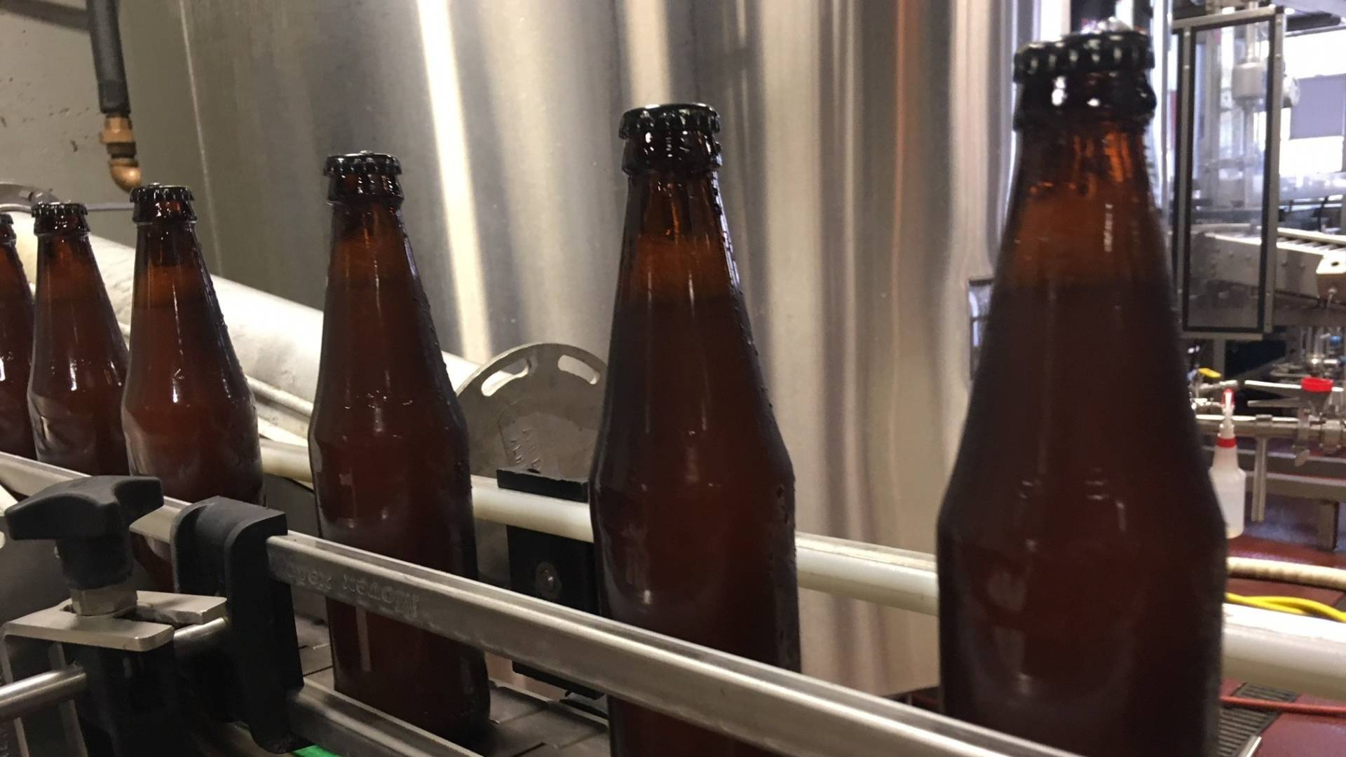 Oregon's new refillable bottles can be used and reused by any brewery in the state.