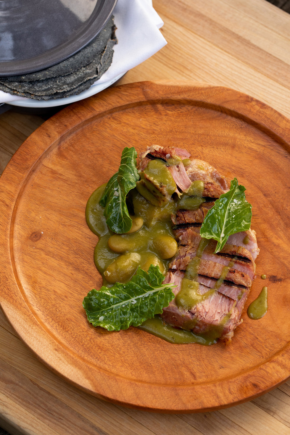 La Calenda serves up a handful of large plates, like Puerco en Mole Verde.