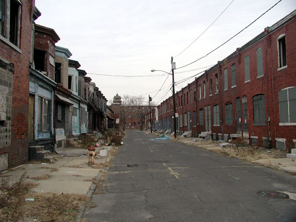 How Many Americans Live in Poverty, and What Does That Actually Mean? (with Lesson Plan)