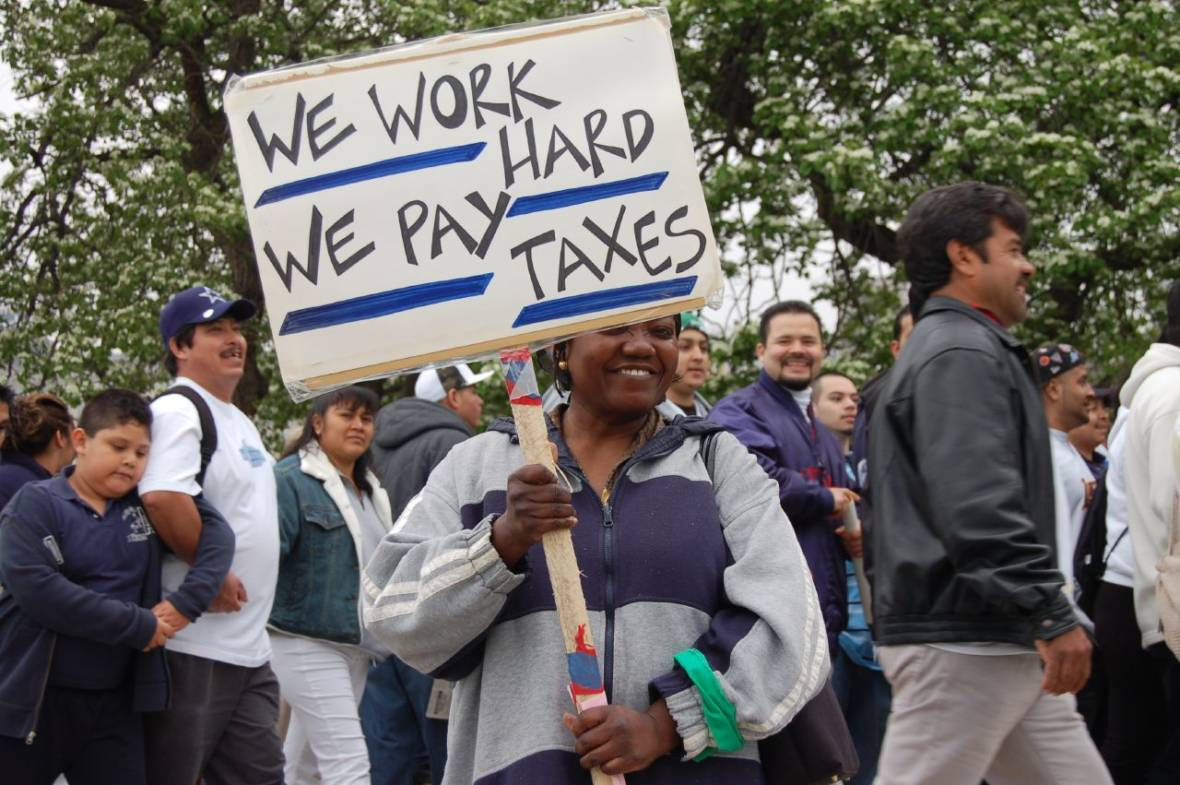 Do Undocumented Immigrants Pay Taxes? (with Lesson Plan)