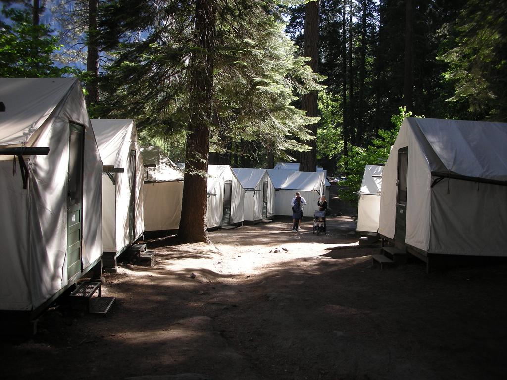 Hantavirus investigation at yosemite continues state of for Curry village cabins yosemite