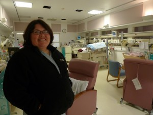 Dr. Minerva Perez-Lopez in the neonatal intensive care unit at Natividad Medical Center in Salinas. While Perez-Lopez speaks both English and Spanish, she needs interpreter services for her indigenous Mexican patients. (Photo: Lisa Morehouse)