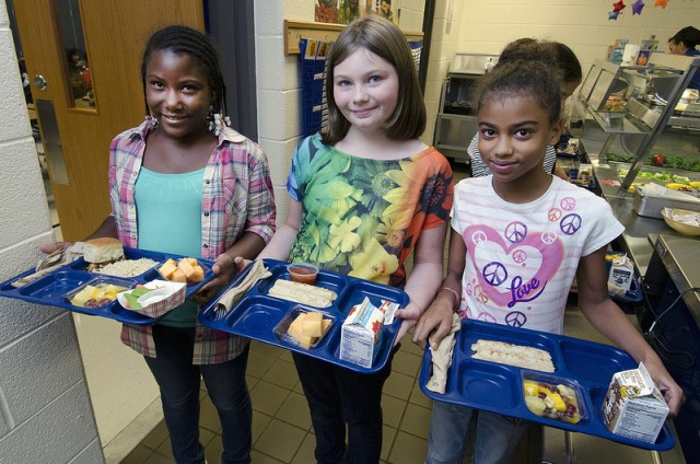While 90 percent of schools have made the transition to new school lunch standards, some schools insist that the standards are unworkable. (Photo: USDA)