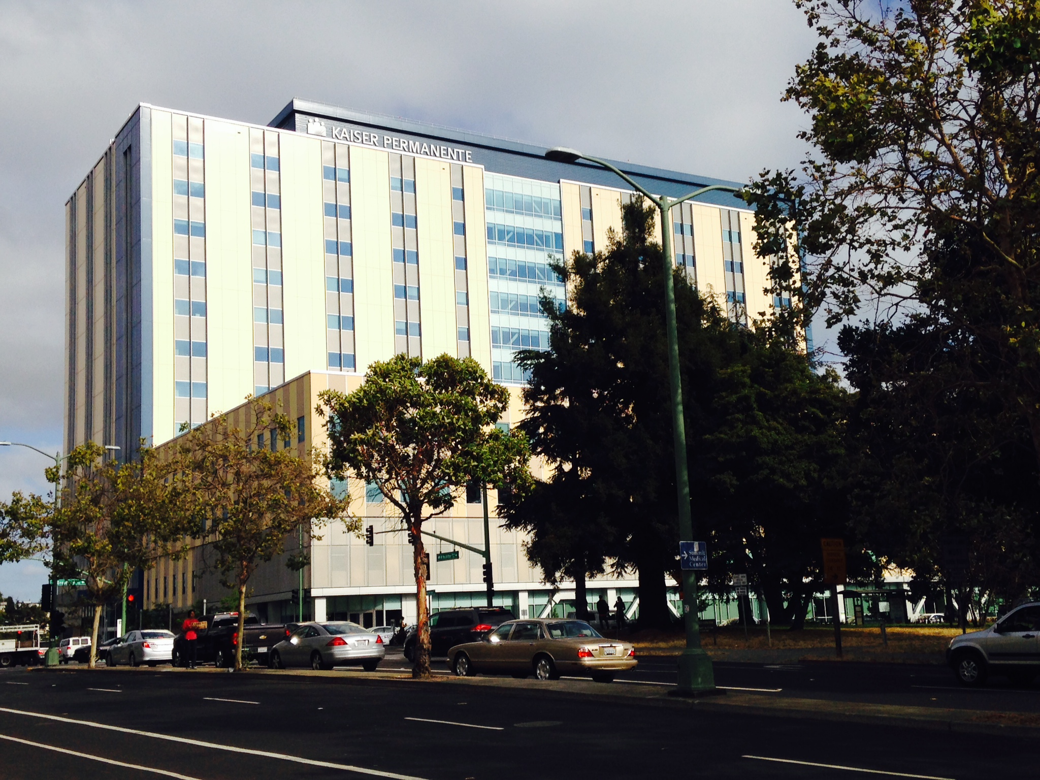 Therapists Patients Criticize Kaiser Over Long Delays For Therapy