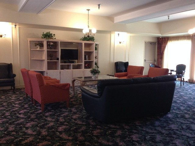 TV lounge at Westchester Villa, an assisted living facility in Inglewood, near Los Angeles. (Rachael Myrow/KQED)