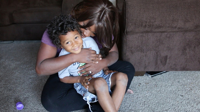 Jazzmon Wilson with her son Timothy, 6, who has autism. (Jeremy Raff/KQED)