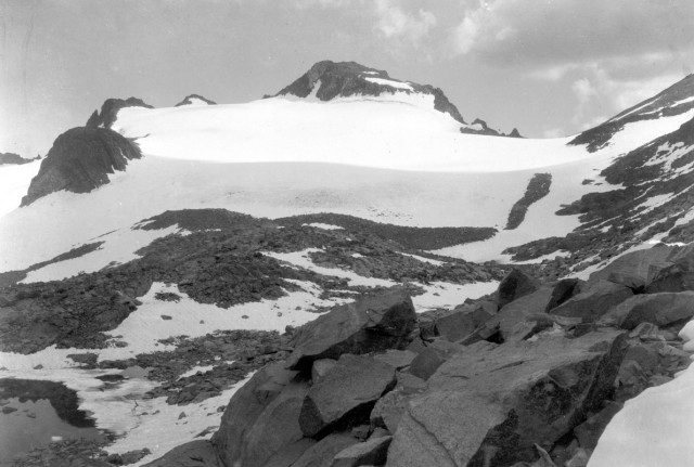 The Lyell Glacier, as photographed by G. K. Gilbert in August of 1903 (Photo: USGS)