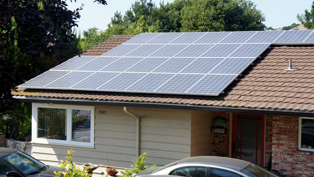 Could Rooftop Solar Kill Utilities? California Grapples with Solar's Success