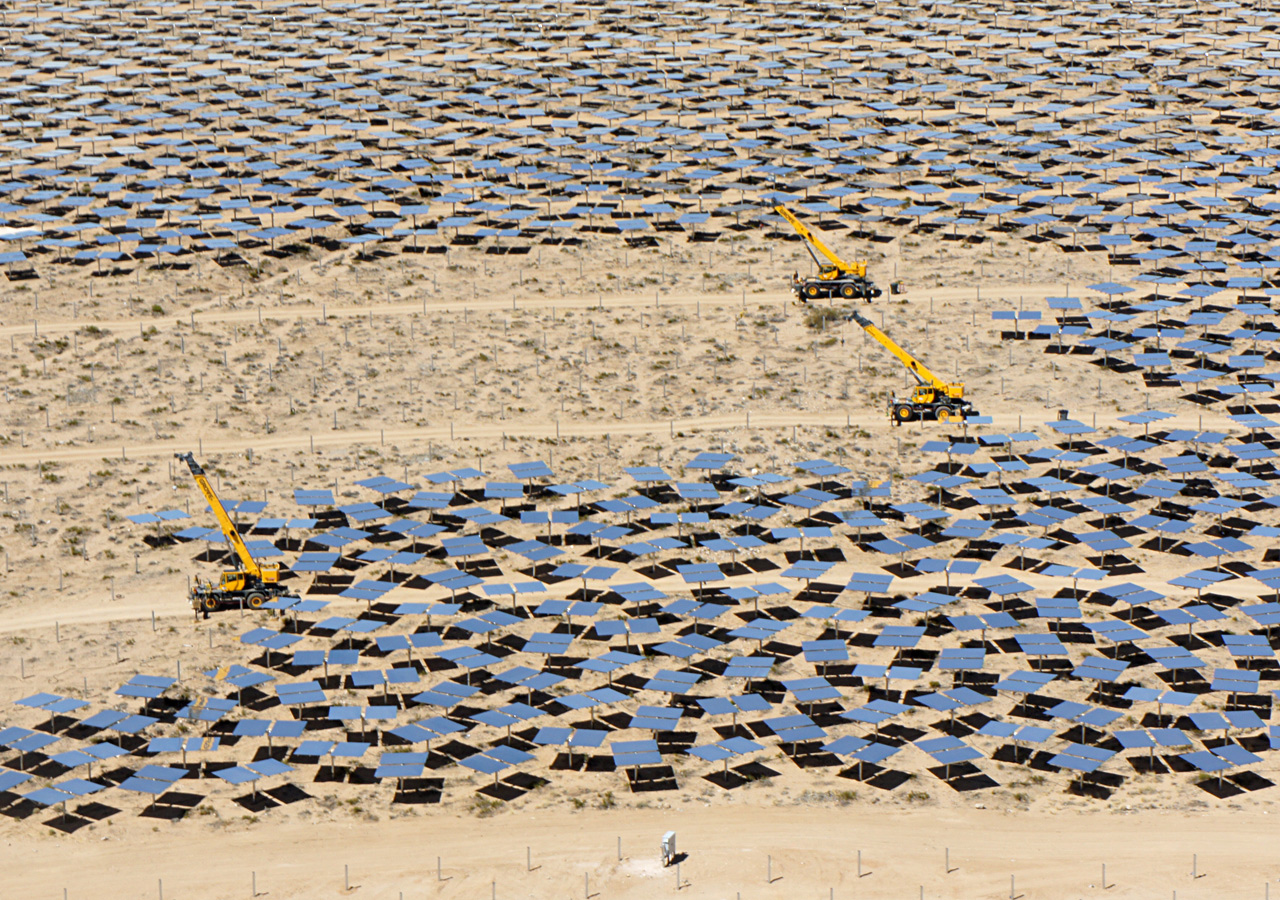 As Worlds Largest Solar Thermal Plant Opens California Looks To Ivanpah Power Facility Electricity Generation System The Of Its Kind In World Will Start Producing Californias Mojave Desert Electric Generating