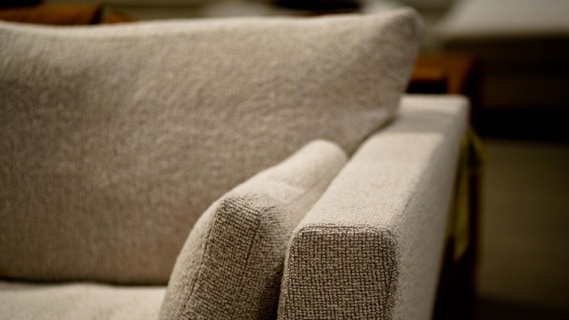 Why You Might Want to Wait Until January to Buy a New Sofa