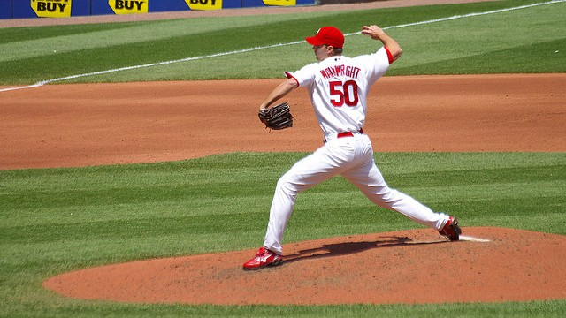 Adam Wainwright delivers. St. Louis, MO, 2008. (bk1bennett/Flickr)