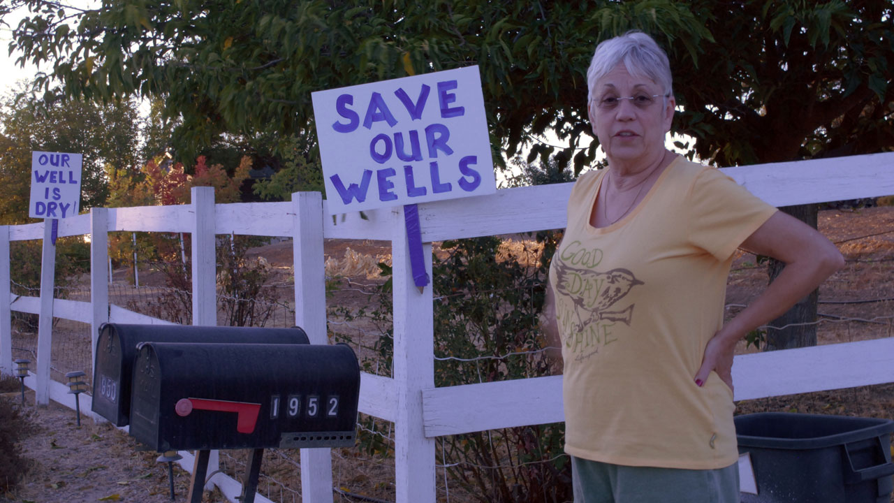 Denise Smith blames excessive water use by Paso Robles vineyards for her dry well. (Photo: Chris Richard)