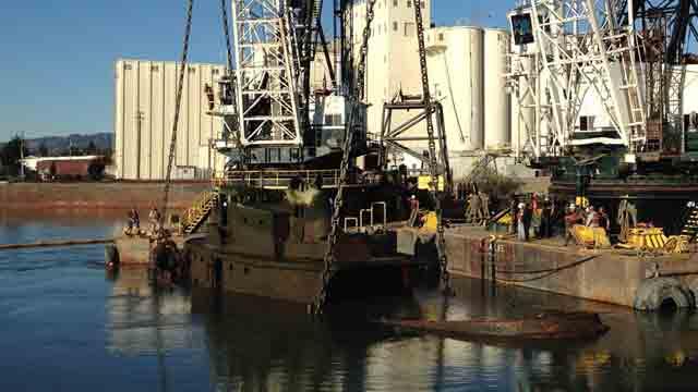 Sunken Tugboat Gets a Lift in Oakland Estuary Cleanup