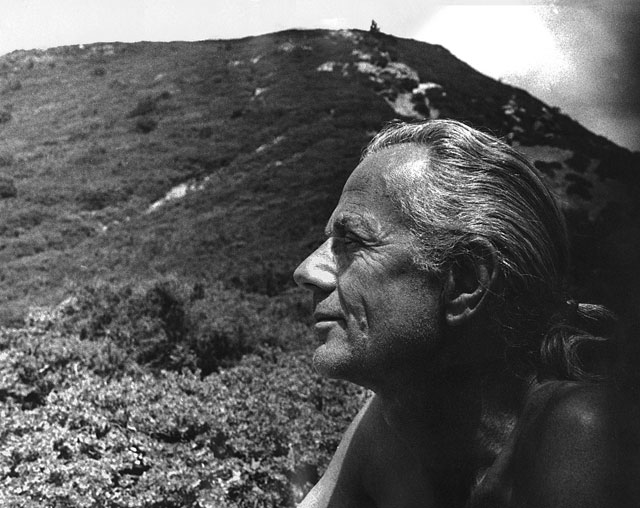 John Dobson at Mount Tamalpais in 1975. (Carol Straus)