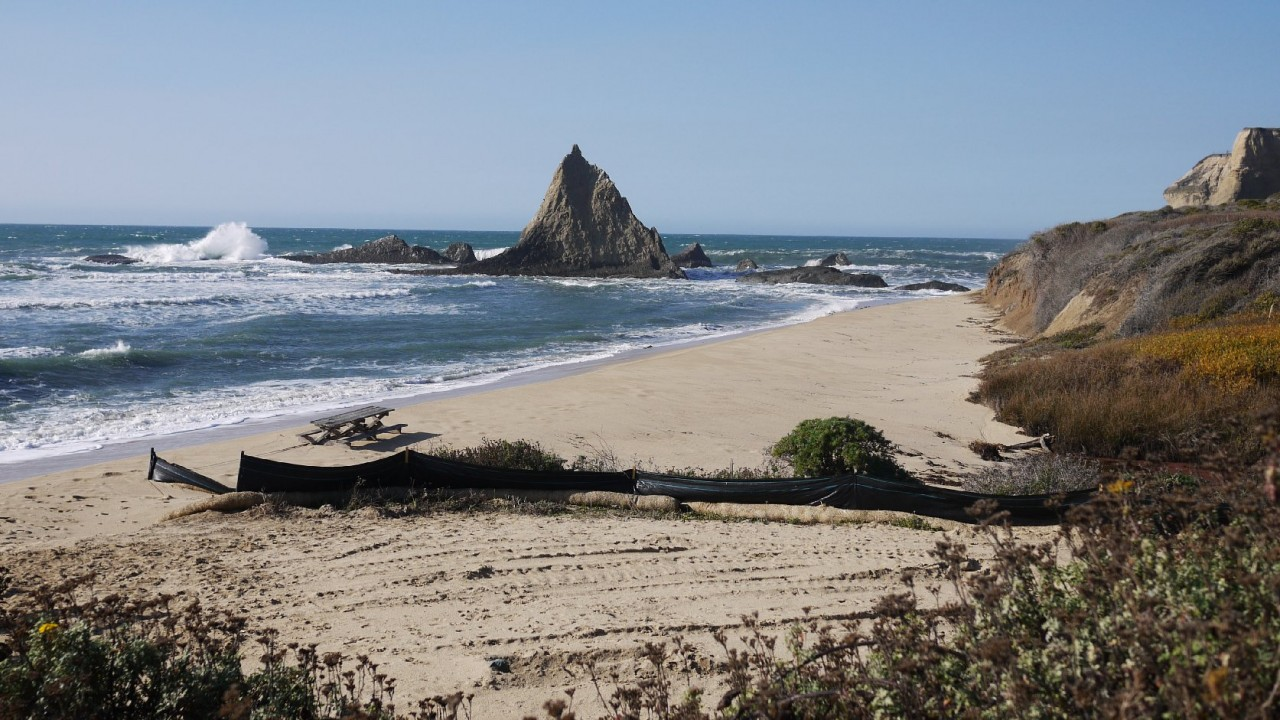 Pelican Rock marks the northern end of Martins Beach. (Amy Standen/KQED)