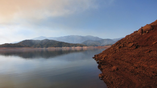 Low water levels at Shasta Lake this year (Molly Samuel/KQED)