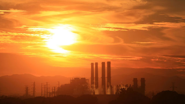 The Department of Water and Power San Fernando Valley Generating Station is seen December 11, 2008 in Sun Valley, California. (David McNew/Getty Images)